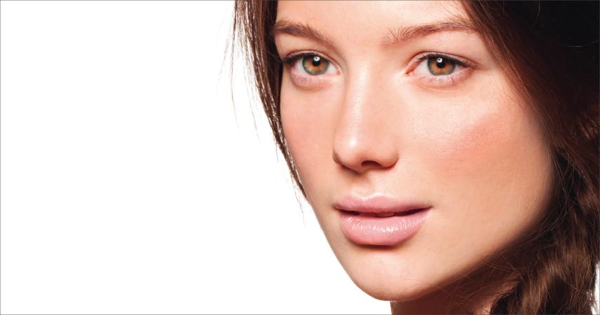 Bild Frau mit mittelhelle Haut, Hauttyp 3